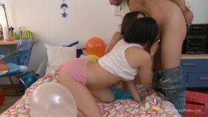 Jada and stacy the birthday party