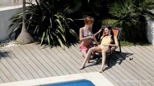 Eveline michelle en mode cunni sous le soleil