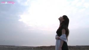 Azusa Kirihara et Akari Hoshino  deux lesbiennes japonaises  très complices qui adorent prendre leur pied ensemble