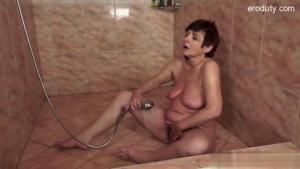 Big boobs amateur penis suckingRedTube