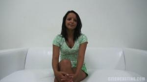 Adriana participe à un casting tendancieux