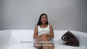 Natalie veut devenir une star porno