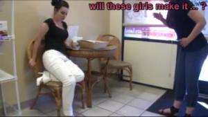 Pipi dans la culotte, voici une compile vidéo qui va vous plaire