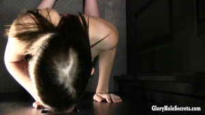 GloryHoleSecrets    Ellie First Glory Hole POV XXX p