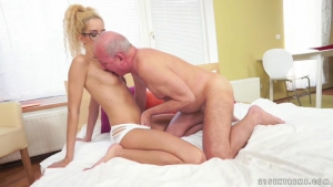 GrandpasFuckTeens Monique Woods Nibbling Monique After a Shower NEW  Sextreme  March     NEW