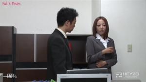 Heyzo  Emiri Mizukawa  How to Take Advantage of a Beautiful Secretarys Weakness p