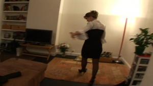 Maryline  quand une cadre commerciale nous reçoit chez elle a Paris   min   mo