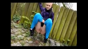 Sbb Young Girls Needs to Pee Outdoor  Porn 0c
