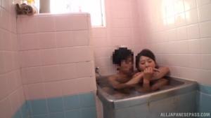 Stunning An Arisawa gives a hot blowjob in the bath at rq  dvaj an arisawa japanese race queen sex h