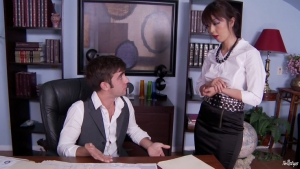 Marica haze une asiatique au comportement malsain