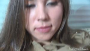 Ananta baise rarement dans l'armée japonaise, elle suce et chevauche une bite en pov