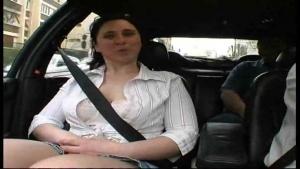 Milf Française nymphoman se fait tourner dans la rue