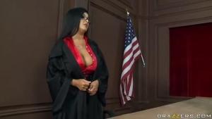 Il se passe parfois des choses étranges chez madame la juge