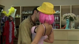 Liza aime bien le sexe intense