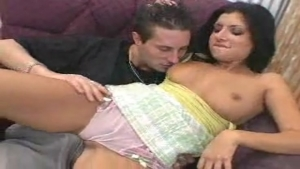 Bonne baise avec une bonne latinas perverse en chaleur