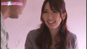 Infirmières japonaise timides mais aussi très serviables