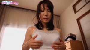 Misa Arisawa Stepmother Who Wants to Get Me Laid For the First Time JAV