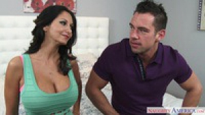 Ava Addams cougar mangeuse d'homme